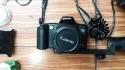 """Câmera """"ANALÓGICA"""" Canon EOS 500 + Acessórios"""