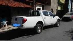 Triton Gl 17-18 - 4x4 Diesel - 123.000km - revisada - R$ 96.000