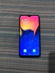Samsung a10 muito novo