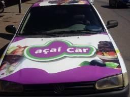Carro adaptado pra venda de açai