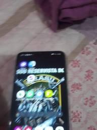 Vende um smartphone Samsung a70