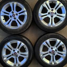 Rodas aro 15+4 pneus 185/60 R15 Goodyear!(2.250$ até 10x sem juros no cartão)