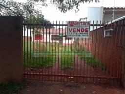 Casa à venda com 1 dormitórios em Jardim dona pina, Arapongas cod:07028.001