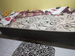 Duas cama box usada