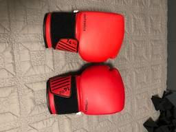 Luvas de Boxe + Ataduras.