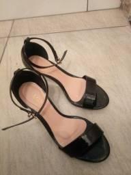Vendo sandalia n° 34