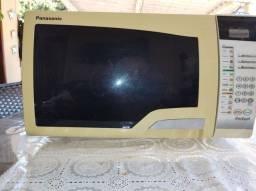 Desapego, Forno microondas Panasonic, 110 v, branco, R$150,00