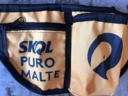Pochete Skol Puro Malte amarela