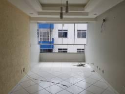 Apartamento Duplex, com 228 m²;