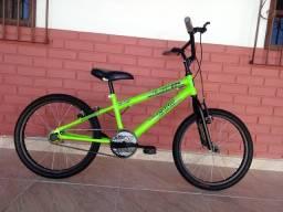 Bicicleta flash boy nova