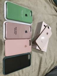 Iphone 8 Plus Gold 64Gb + Cases