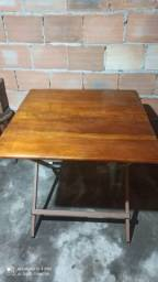 Vende-se mesa artesanal dobrável sem detalhes esta nova