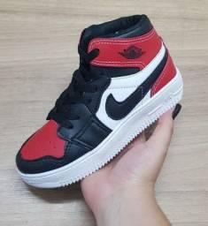 Tênis air Jordan INFANTIL