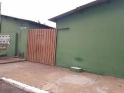 Aluga-se quarto em kitnet no bairro Construmat-Várzea Grande
