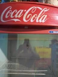 Freezer da coca cola original boas condições de uso gelando em perfeitas condições
