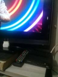 Vende se está Televisão Samsung  32 polegadas
