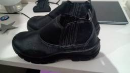 Vende-se Bota Safety flex