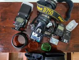 D750 18k M.U.I.T.O.. N.O.V.A. +24-120 +Bateria extra