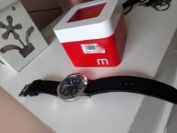Relógio Mondaine Impecável usado pouquíssimas vezes!