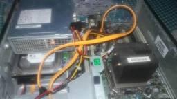 CPU i5 4gb de RAM 160gb de HD
