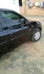 Carro bem conservado é pegar e andar - 2006