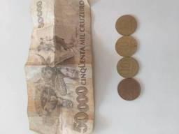 Cédulas e moedas para colecionador
