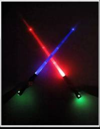 Dois Sabres De Luz