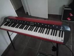 PIANO KORG SV1