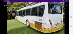 Ônibus Millennium 41 lugares