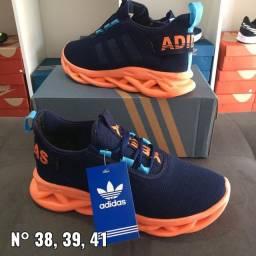 Vendo esses tênis o Adidas número 41 o fila número 42 só pra castanhal