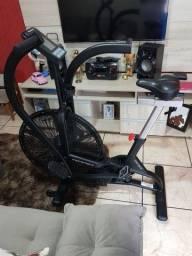 Air bike - Movement