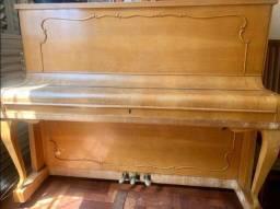 Piano Franz Straub