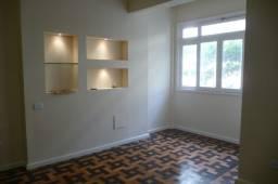 Copacabana apartamento todo reformado original 3 agora 2 quartos/ suite e vaga de garagem