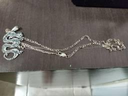 2 cordões de prata infantis com pingente inox.