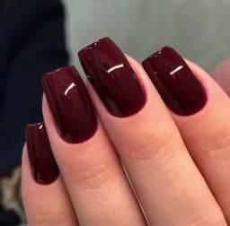 Vaga de manicure que trabalhe com alongamentos.