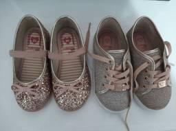 Dois sapatos molekinha tamanho 23