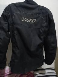 Jaqueta x11 pouca usada tamanho M