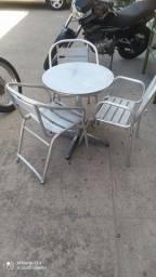 Vendo conjuntos de 03 mesas de alumínio