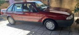 Ford Verssailles maravilhoso