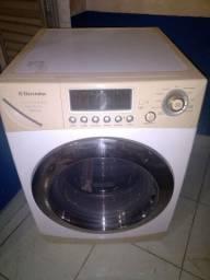 Vendo minha máquina de lavar e secar roupas Eletrolux