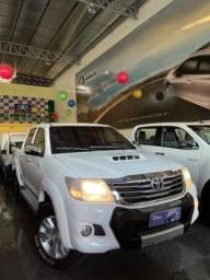 Título do anúncio: Toyota Hilux Cabine Dupla Hilux 3.0 4x4 (Aut) 2015
