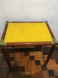 Mesa de centro ou lateral