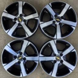 Rodas aro 15+4 pneus 185/60 R15 Goodyear!!(2.450$ até 10x sem juros no cartão)