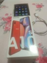 Vendo ou troco smartphone A10 S Samsung com 2 meses de uso