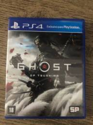 Vendo jogos de PS4 super conservados