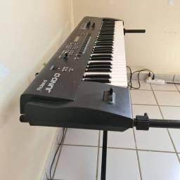 Teclado Sintetizador Juno-D Roland