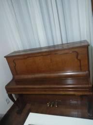 Piano Franz-Straub