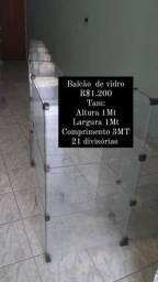 Balcão de vidro R$ 1.200
