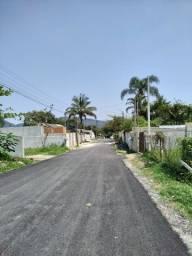 Terreno em bairro asfaltado