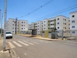 Apartamento R$ 100.000,00. Residencial Floresta - Rolândia-PR